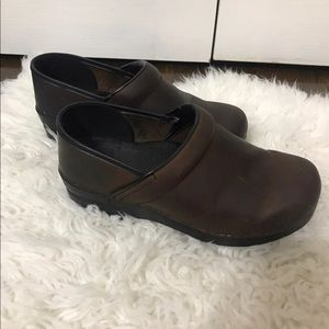 Dansko Brown professional Clogs